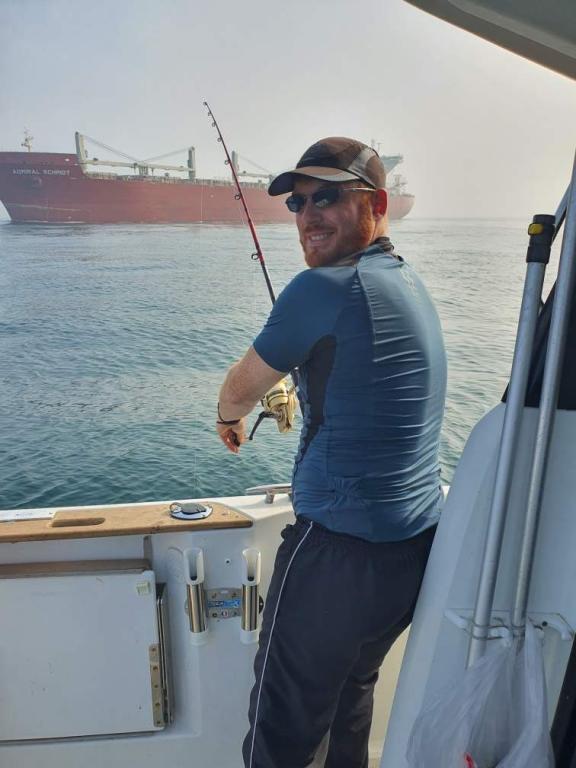 cargo et pêcheur